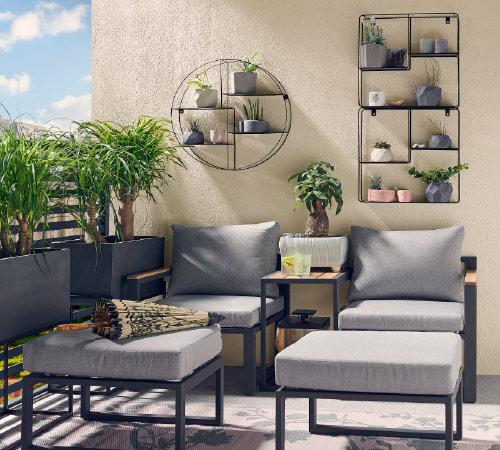 Balkon w stylu minimalist zen - wybierz ciekawe meble balkonowe