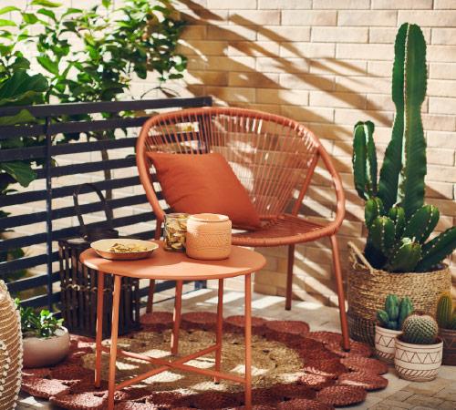 Wystrój balkony w bloku - zainspiruj się stylem desert flower